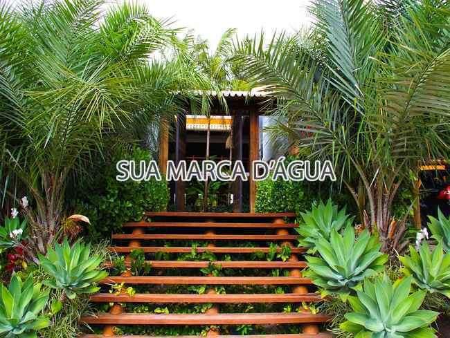 Entrada - Casa Rua Madre Joana de Gusmão,Centro,São José,SC Para Venda e Aluguel,4 Quartos,324m² - 0015 - 16